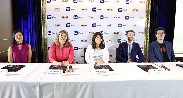 Elaine Uy-Casipit, iWant head surrounded by Sheila Paul, country manager, HOOQ, Clare Bloomfield, AVIA policy and research director, Alex Long, public policy manager, Asia Pacific, Netflix, and Sherwin Dela Cruz, country manager, iflix